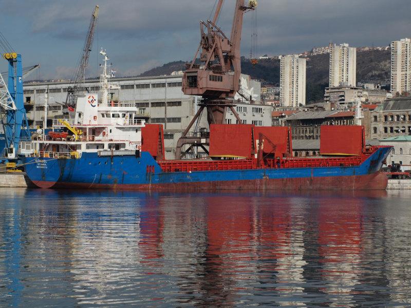 صور تصميمات سفن ضخمة جديدة احلي سفن العالم (34)