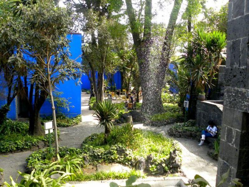 صور حدائق فلل وقصور اجمل مناظر حدائق (6)