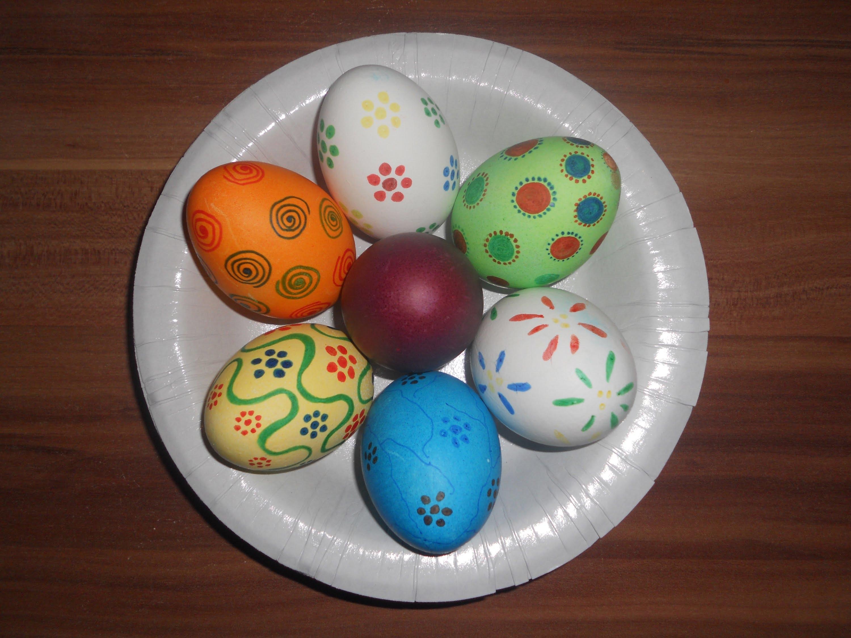 صور بيض ملون لشم النسيم طريقة تلوين البيض (18)