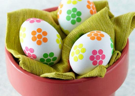 صور بيض ملون لشم النسيم طريقة تلوين البيض (6)