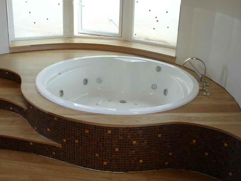 صور واشكال حمامات جاكوزي للشقق والفلل (2)