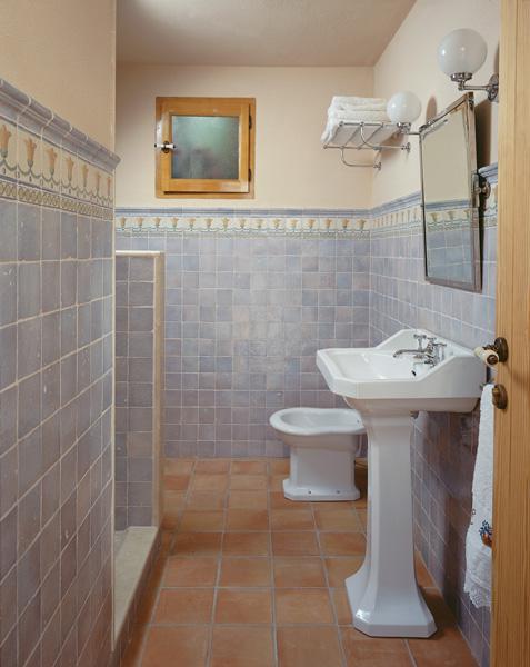 صور حمامات 2016 احدث اشكال الحمامات المودرن (2)