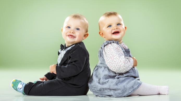 صور اطفال توائم جميلة كيوت خلفيات اطفال توأم HD (14)