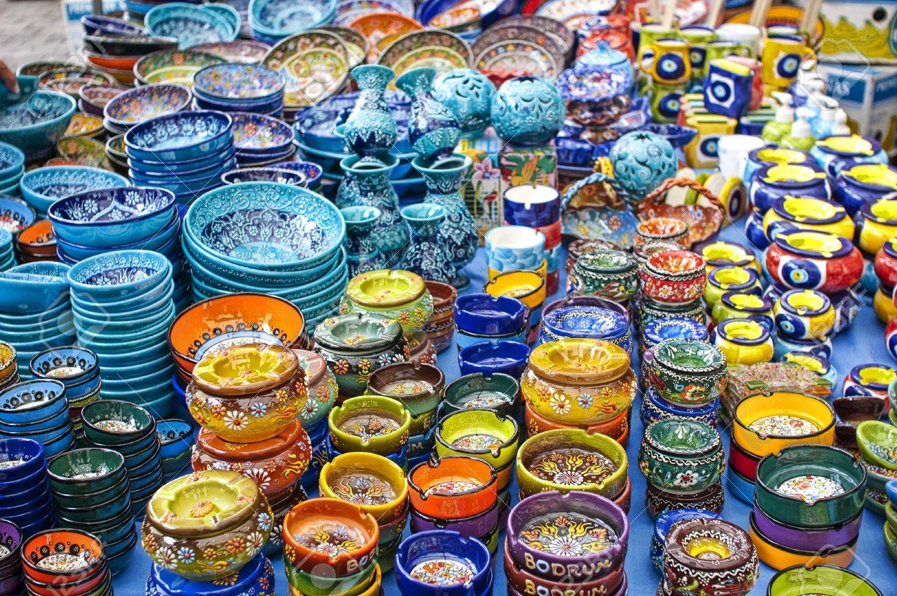 صور اطباق وصحون تقديم ملونة وسادة مودرن شيك (16)