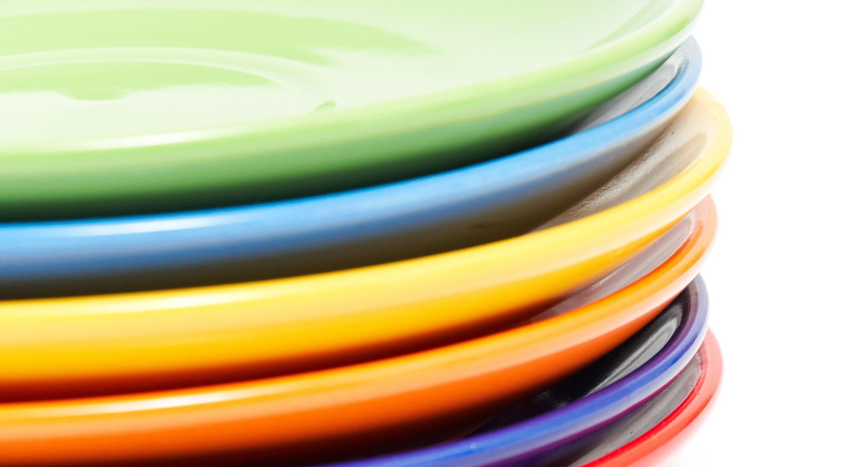 صور اطباق وصحون تقديم ملونة وسادة مودرن شيك (4)