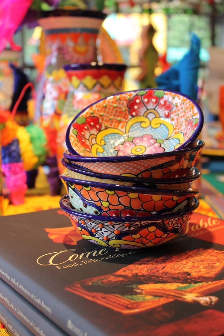 صور اطباق وصحون تقديم ملونة وسادة مودرن شيك (6)
