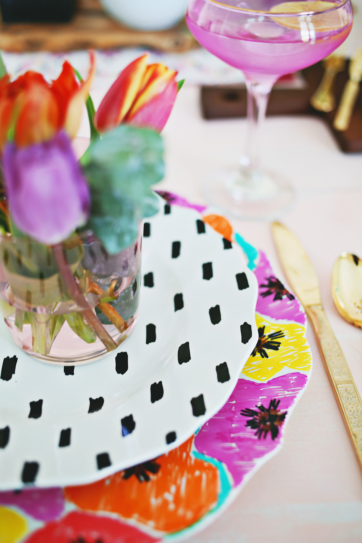 صور اطباق وصحون تقديم ملونة وسادة مودرن شيك (8)