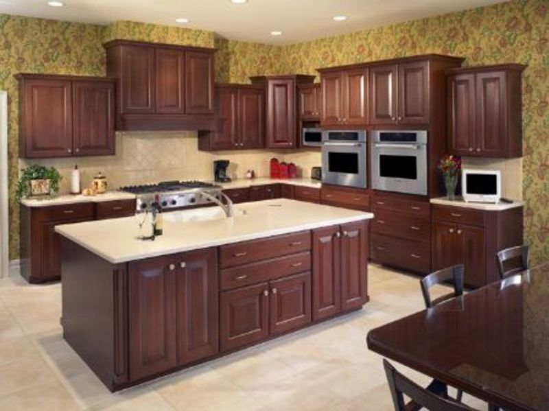 Sell Solidwood Kitchen Cabinet (KC231) in Kitchen Furniture category, Solidwood Kitchen Cabinet (KC231),American Style Kitchen Cabinet,Solid Wood Kitchen Cabinet,Kitchen Cabinet Manufacturer trade offers provided by Roman Kitchen Cabinet Co., Ltd..