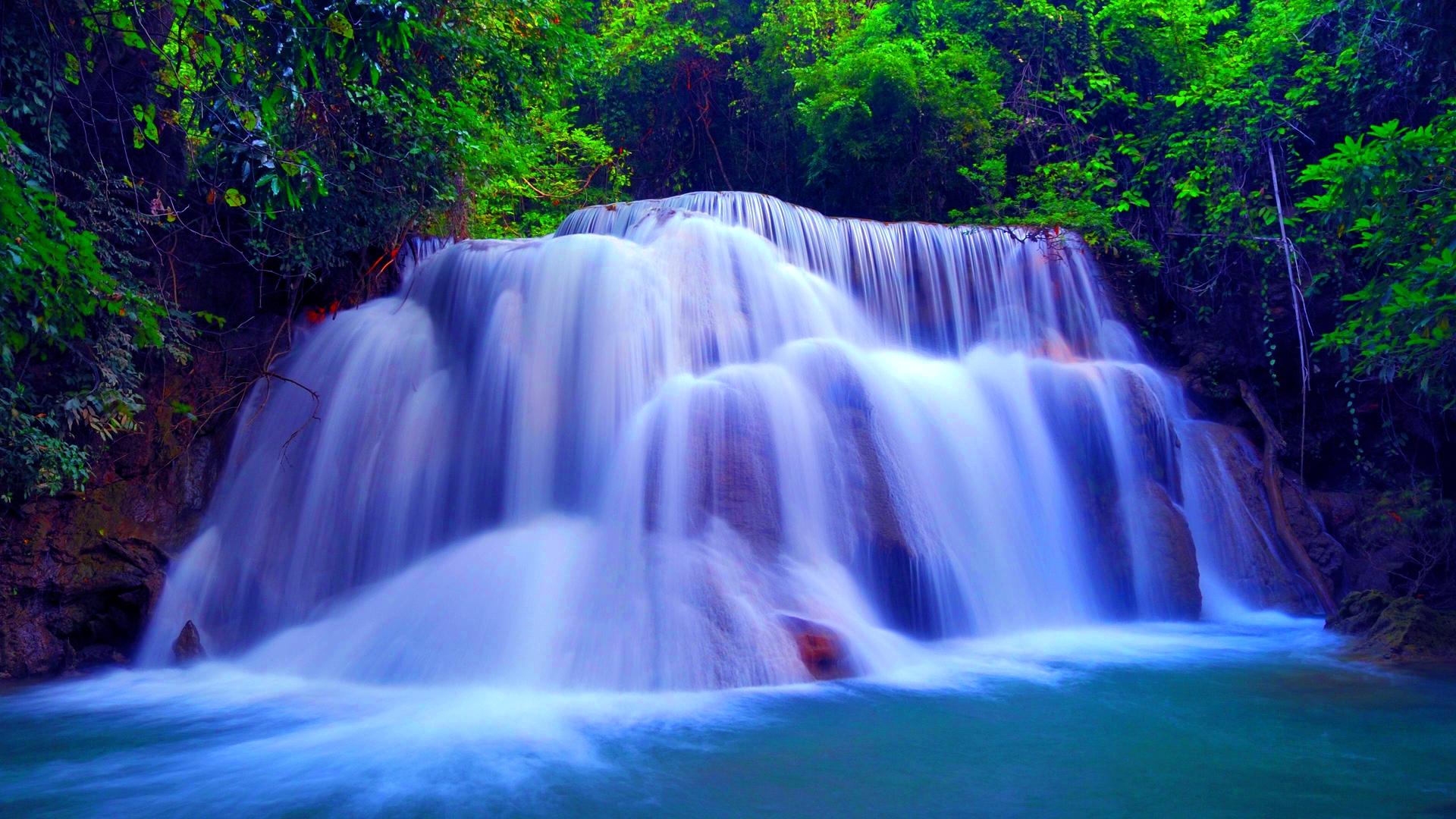 Huay Mae Khamin Waterfall, Kheaun Sri Nakarin National Park, Thailand